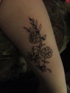 04 11 2017 my first tattoo kaylie 39 s life in a blog for How bad does a wrist tattoo hurt